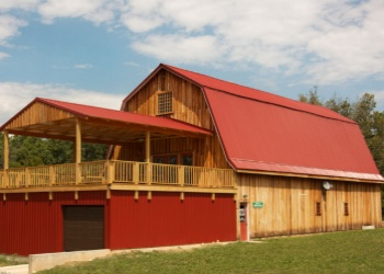 The BARn at  Piney River Brewing