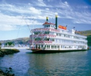 Riverboats and Paddleboats Cruises across the USA