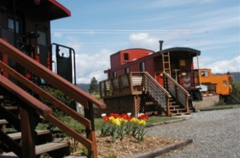 Iron Horse Inn Bed and Breakfast in South Cle Elum, WA