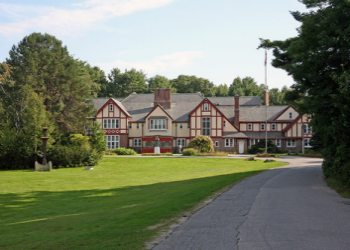 Franciscan Guest House in Kennebunk Beach, Maine