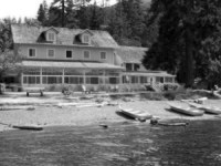 Lake Cresent Lodge