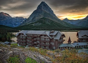 Many Glacier Hotel in Glacier National Park, Montana