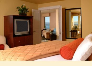 Cannery Pier Hotel Bedroom