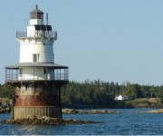 180GooseRocksLighthouse.jpg (180�150)