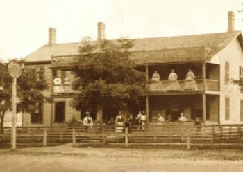 Buxton Inn in the 1800's