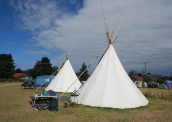 Deepdale Backpackers Hostel Tipi