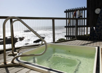 Pigeon Point Hot Tub