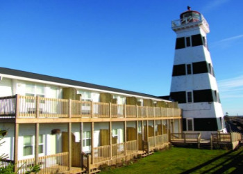 West_Point_LighthousePEI.jpg (350×250)