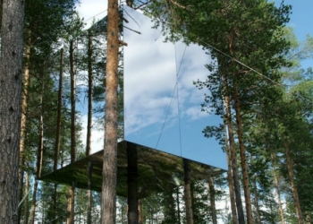 Invisable Treehouse at the Treehotel in Sweden
